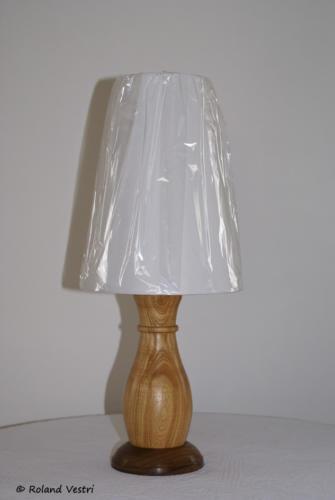 Lampe (frêne, noyer)